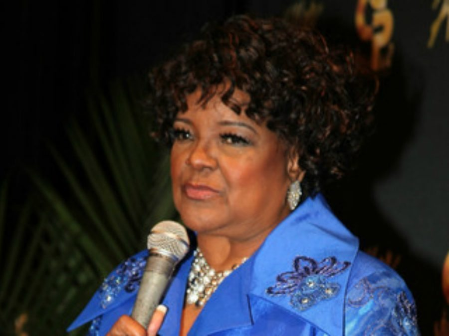 Not Surprising : Knocked Kneed Shirley Caesar Agrees with Kim Burrell
